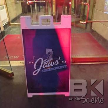 jaws_cigar044