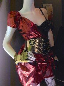 Costume001
