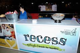 Recess003