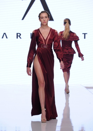 LOS ANGELES, CA - OCTOBER 05: A model walks the runway wearing Datari Austin at Los Angeles Fashion Week SS18 Art Hearts Fashion LAFW on October 5, 2017 in Los Angeles, California. (Photo by Arun Nevader/Getty Images for Art Hearts Fashion)