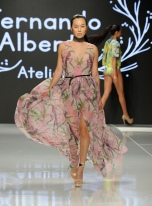 LOS ANGELES, CA - OCTOBER 06: A model walks the runway wearing Fernando Alberto Atelier At Los Angeles Fashion Week SS18 Art Hearts Fashion LAFW on October 6, 2017 in Los Angeles, California. (Photo by Arun Nevader/Getty Images for Art Hearts Fashion)