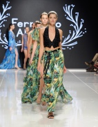 LOS ANGELES, CA - OCTOBER 06: Models walk the runway wearing Fernando Alberto Atelier At Los Angeles Fashion Week SS18 Art Hearts Fashion LAFW on October 6, 2017 in Los Angeles, California. (Photo by Arun Nevader/Getty Images for Art Hearts Fashion)