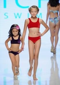 LOS ANGELES, CA - OCTOBER 07: Models walk the runway wearing Vichi Swim at Los Angeles Fashion Week SS18 Art Hearts Fashion LAFW on October 7, 2017 in Los Angeles, California. (Photo by Arun Nevader/Getty Images for Art Hearts Fashion)