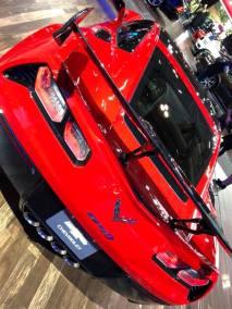 AutoShow18-250
