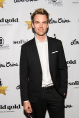 HOLLYWOOD, CA - APRIL 21: Tyler Hilton attends 'CATstravaganza featuring Hamilton's Cats' on April 21, 2018 in Hollywood, California. (Photo by Emma McIntyre/Getty Images for Kitty Bungalow)